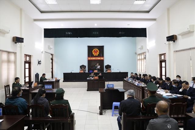 Đề nghị không cho cựu Đô đốc Nguyễn Văn Hiến hưởng án treo - 1