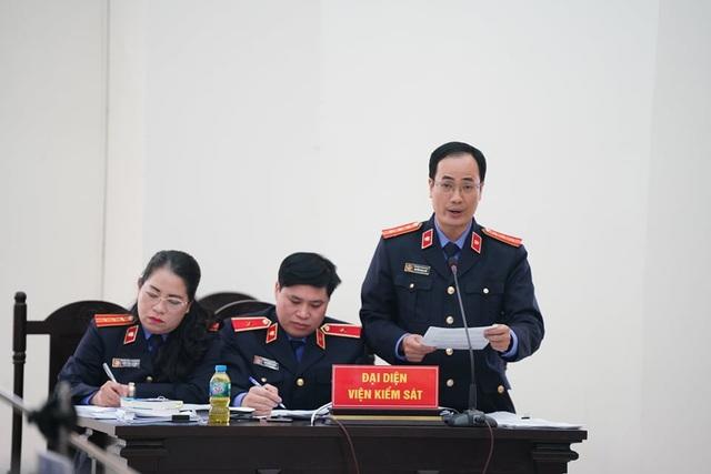 Cựu Giám đốc CDC Hà Nội bị đề nghị 10 - 11 năm tù - 1