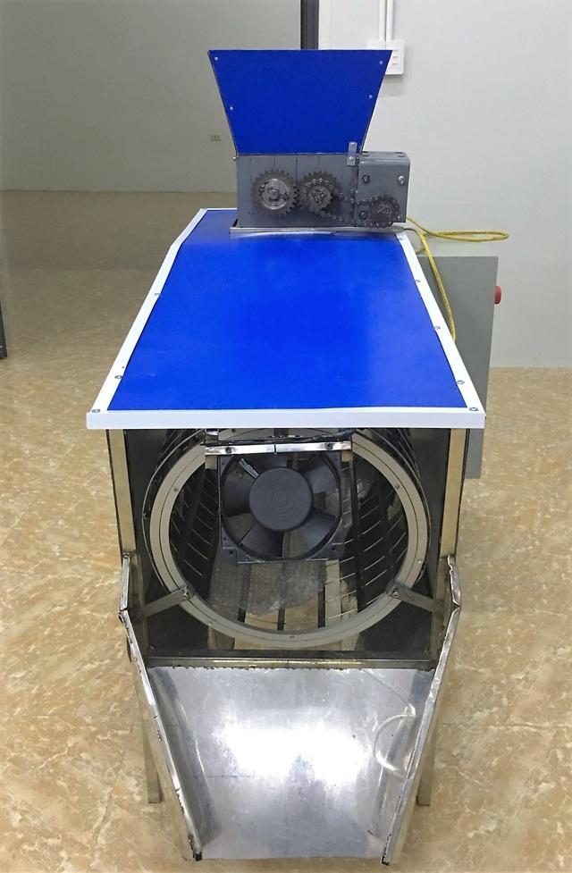 Máy phân loại rác của thầy trò trường nghề đạt giải ý tưởng khởi nghiệp - 3
