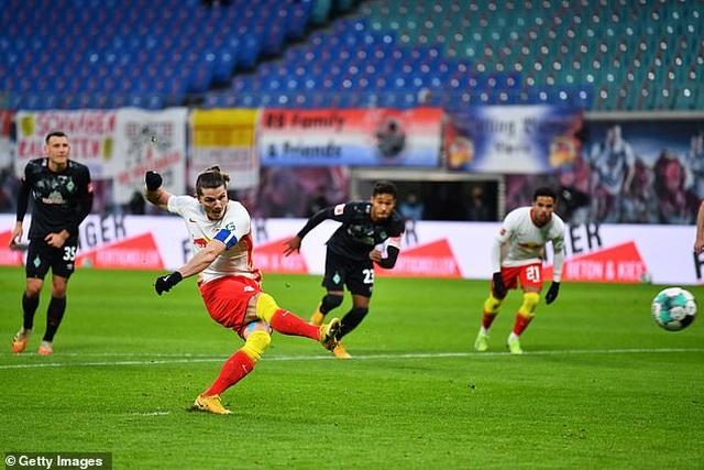 Bayern Munich hòa thất vọng, Dortmund thua đậm khi vắng Haaland - 6
