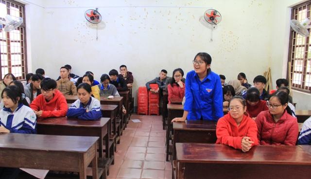 Nữ sinh miền núi đạt học sinh 3 tốt toàn quốc: Tự học hỏi trên internet  - 5