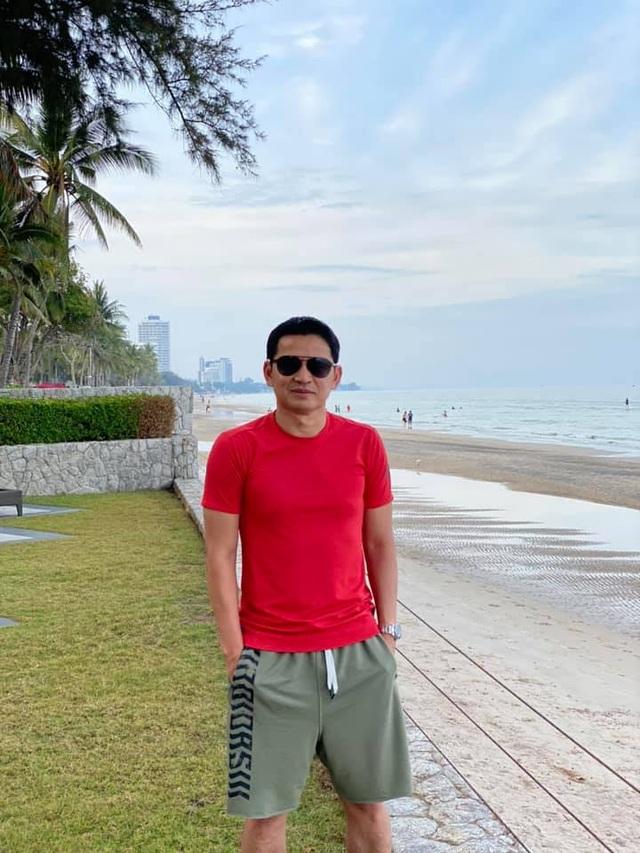 HLV Kiatisuk đưa vợ con đi nghỉ mát trước khi sang Việt Nam - 9