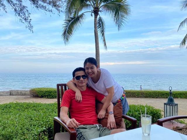 HLV Kiatisuk đưa vợ con đi nghỉ mát trước khi sang Việt Nam - 2