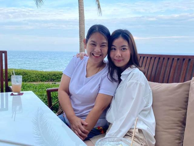 HLV Kiatisuk đưa vợ con đi nghỉ mát trước khi sang Việt Nam - 4