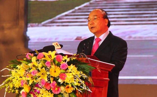 Thủ tướng khánh thành tượng đài Bác Hồ với nông dân Việt Nam - 2