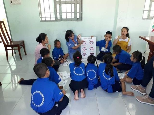 Trẻ khuyết tật và khát khao hòa nhập trong môi trường phù hợp - 1