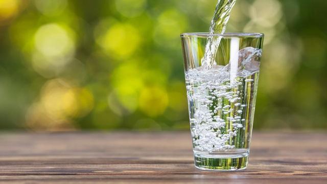Cần biết điều này khi uống nước để không hại sức khỏe - 1