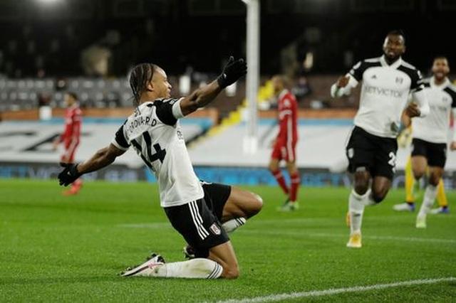Vất vả hòa Fulham, Liverpool lỡ cơ hội giành ngôi đầu bảng - 3