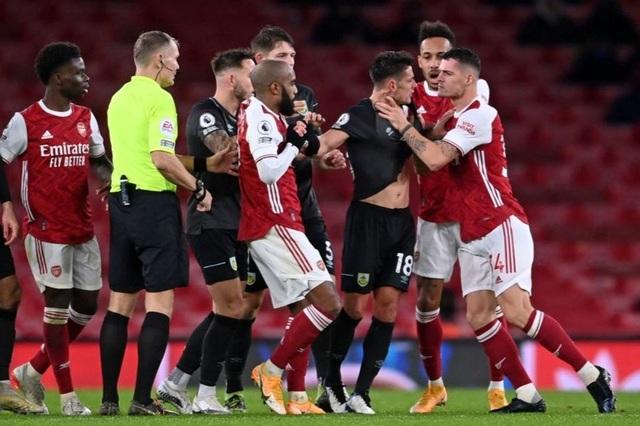 Man Utd, Arsenal gặp khó, Tottenham hưởng lợi ở Europa League - 4