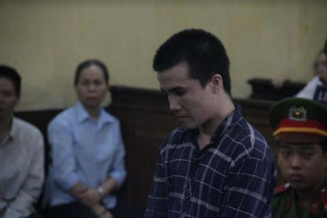 Hai phạm nhân thụ án tội giết người trốn trại - 1