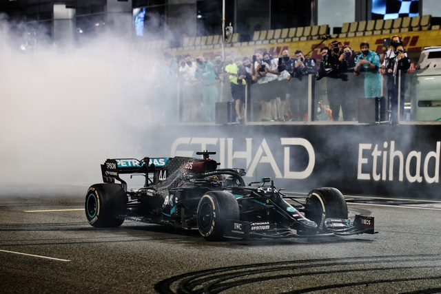 Mùa giải F1 2020 khép lại bằng một chặng đua kém nhiệt - 8