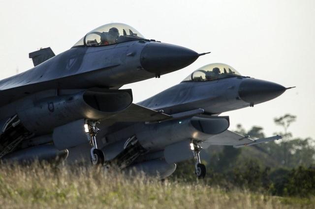 Gói vũ khí 280 triệu USD Mỹ bán cho Đài Loan có gì? - 1