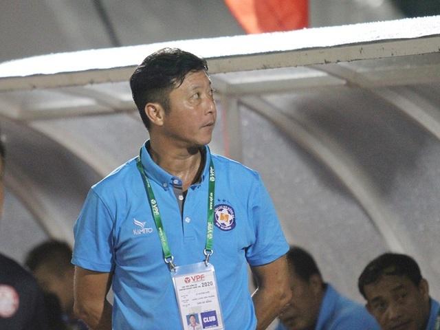 HLV Kiatisuk đối đầu với thế hệ vàng bóng đá Việt Nam tại V-League - 2