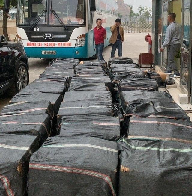 Nửa tấn lòng lợn sấy khô không nguồn gốc suýt lên bàn nhậu ở Hà Nội - 2
