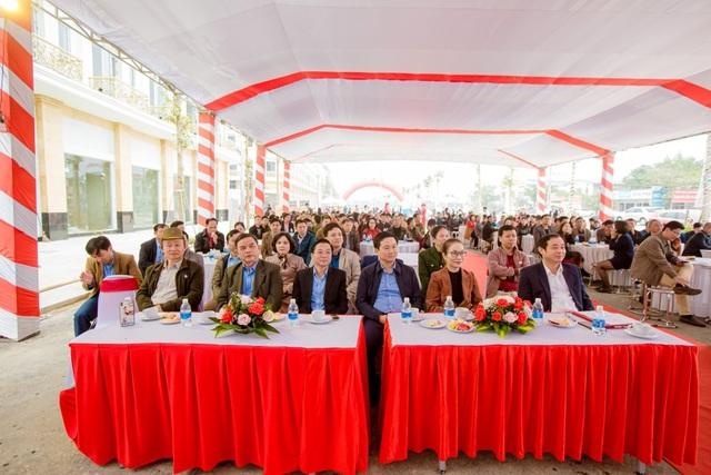 TTTM kết hợp chợ truyền thống Đô Lương chính thức cất nóc - 1