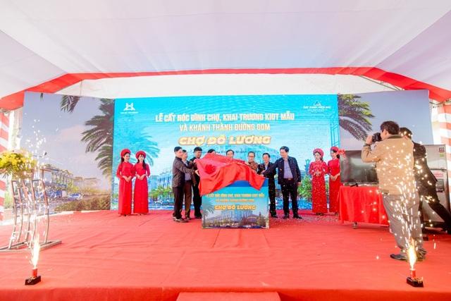 TTTM kết hợp chợ truyền thống Đô Lương chính thức cất nóc - 2