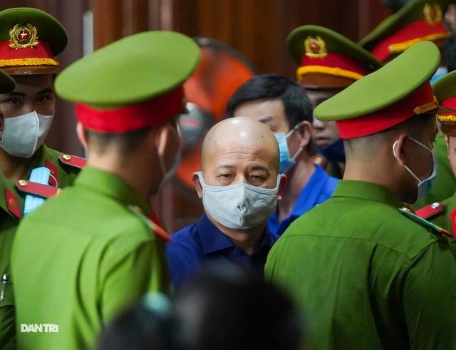 Hàng loạt cán bộ liên quan tới vụ án Đinh La Thăng - 5