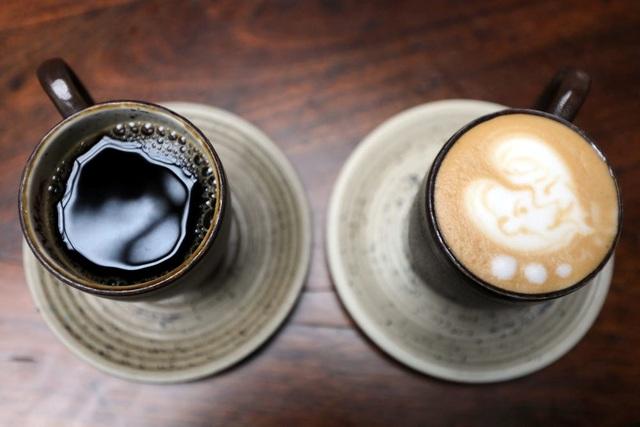 Uống cà phê để... chắc khỏe xương - 1