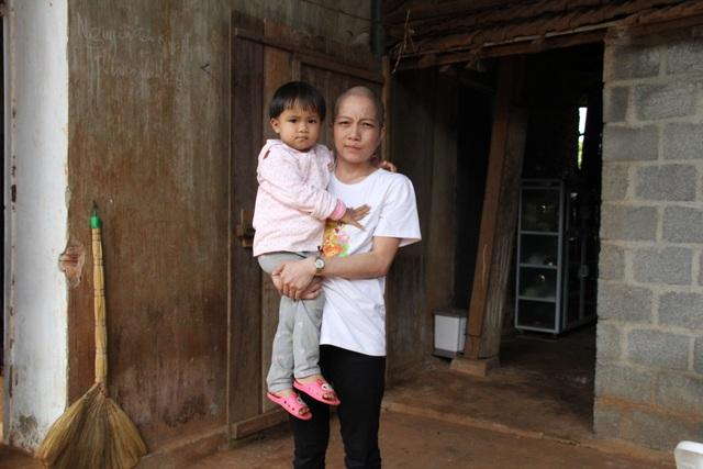 Cô giáo mắc ung thư: Tôi đến viện bằng sự yêu thương của mọi người - 4