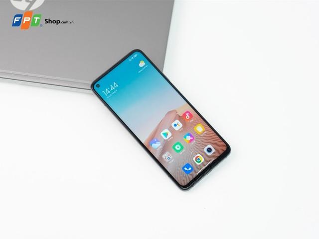 Top 4 smartphone Xiaomi giảm giá mạnh cuối năm 2020 - 2