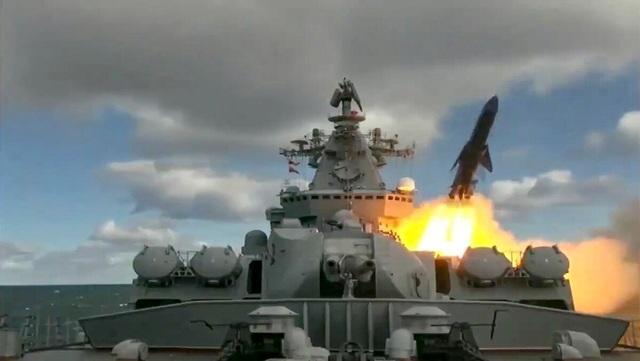 Căn cứ Mỹ phát hoảng vì Nga tập trận tên lửa - 1