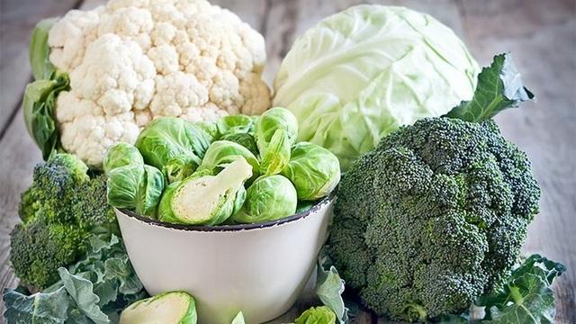 Loại rau xanh quen thuộc sở hữu khả năng dọn dẹp mỡ thừa trong gan - 1