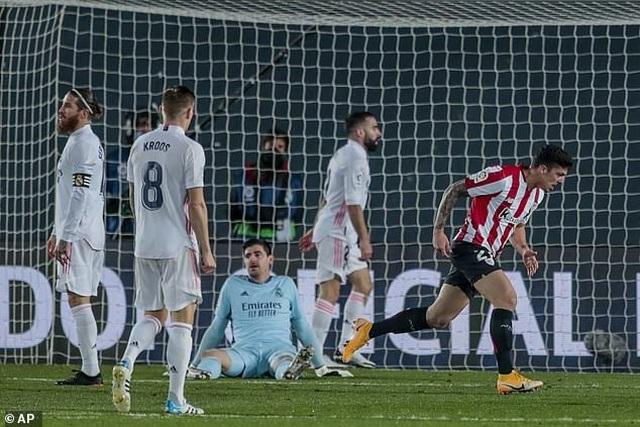Real Madrid 3-1 Bilbao: Kroos, Benzema tỏa sáng - 6