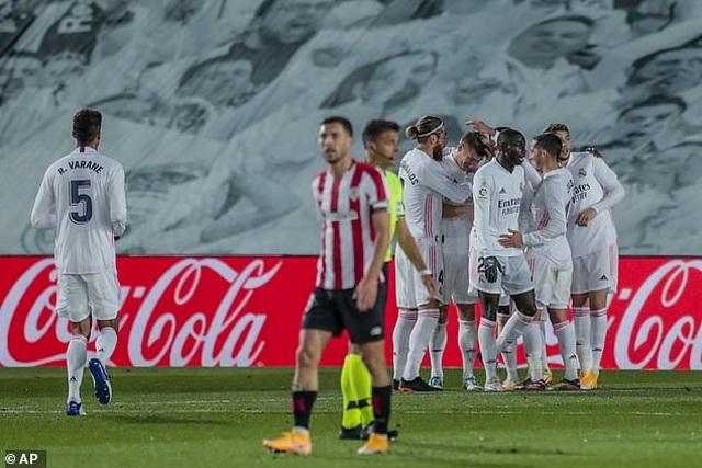 Real Madrid 3-1 Bilbao: Kroos, Benzema tỏa sáng - 14