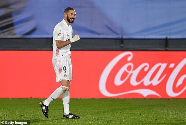Real Madrid 3-1 Bilbao: Kroos, Benzema tỏa sáng - 11