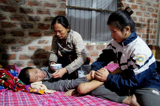 Bạn đọc giúp đỡ nữ sinh xin nghỉ học để cứu cha hơn 64 triệu đồng - 1