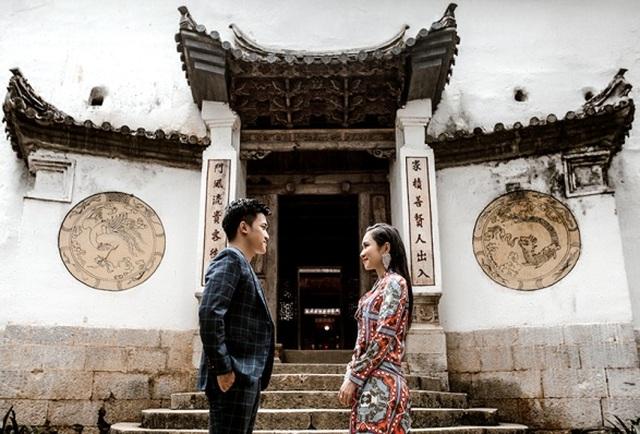 Cặp đôi 9X đi xuyên Việt chụp bộ ảnh cưới để đời - 3