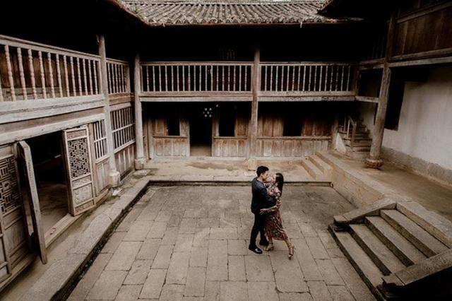 Cặp đôi 9X đi xuyên Việt chụp bộ ảnh cưới để đời - 7