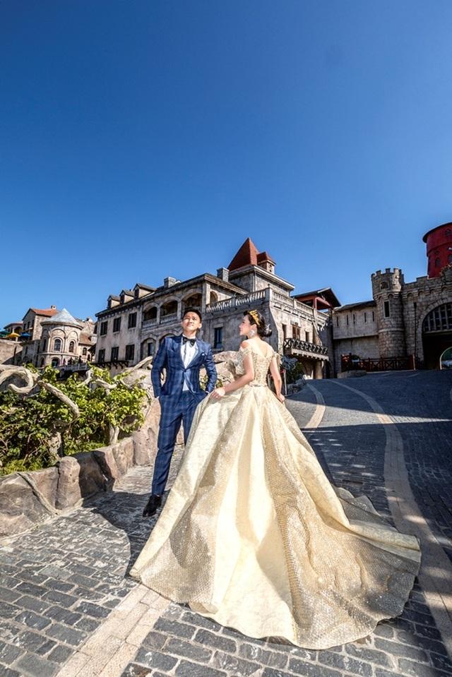 Cặp đôi 9X đi xuyên Việt chụp bộ ảnh cưới để đời - 13