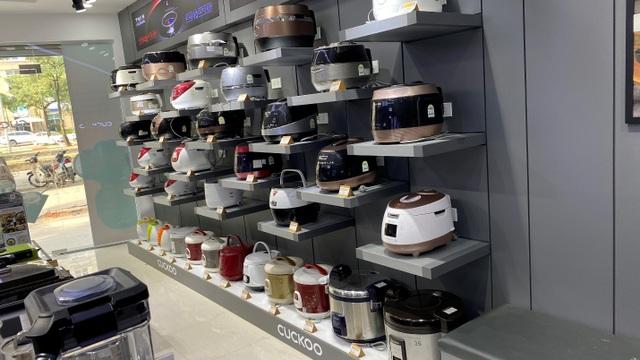 Mua hàng chính hãng và hưởng hậu mãi tại showroom Cuckoo Hà Nội - 3