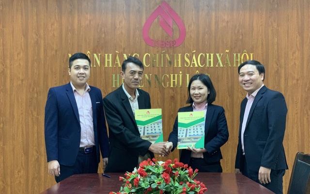Nghệ An: Giải ngân vốn cho doanh nghiệp vay trả lương người lao động - 1