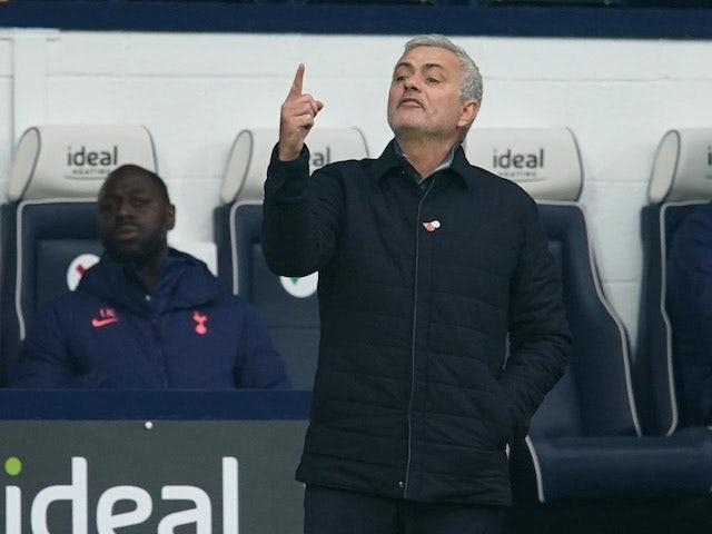Liverpool - Tottenham: Quyết chiến giành ngôi đầu - 2