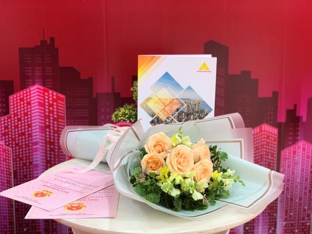 Công ty Khang Thịnh Phát giao hàng loạt sổ hồng tại các khu dân cư cho khách hàng - 1