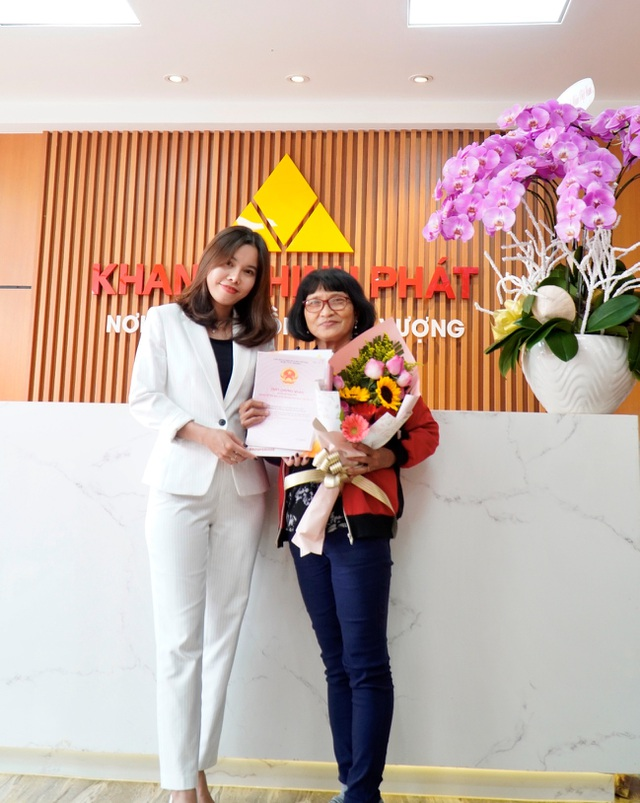 Công ty Khang Thịnh Phát giao hàng loạt sổ hồng tại các khu dân cư cho khách hàng - 3
