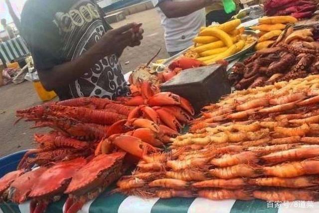Khu chợ bán hải sản rẻ hơn rau, con gì cũng có kích thước khủng - 9