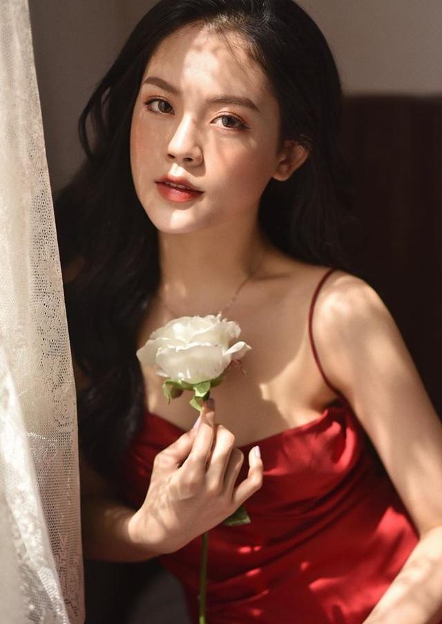 Ngắm dàn hot girl xinh đẹp nổi bật nhất năm 2020 (P.1) - 4
