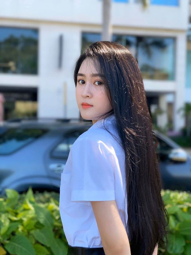 Ngắm dàn hot girl xinh đẹp nổi bật nhất năm 2020 (P.2) - 5