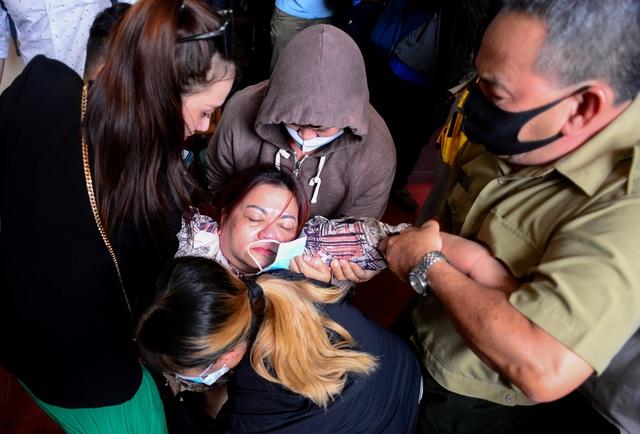 Nữ tiếp viên hàng không bị tài xế xe Mercedes tông vẫn quyết kháng cáo - 2