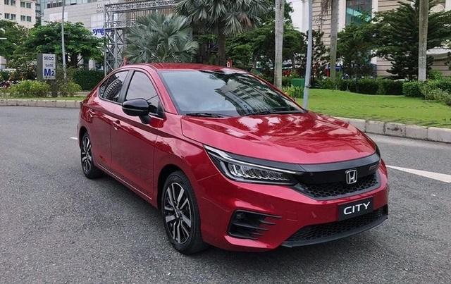 Sedan cỡ B làm mưa làm gió tại thị trường ô tô Việt vì ngon bổ rẻ - 4
