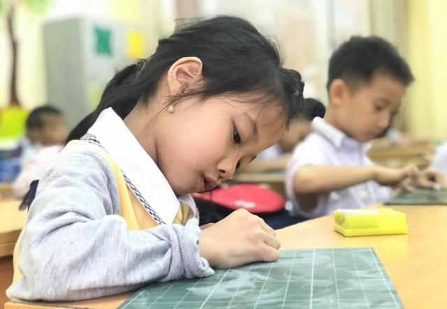 Đổi mới dạy học lớp 1: Giáo viên giao nhiệm vụ cho học sinh thực hiện - 1
