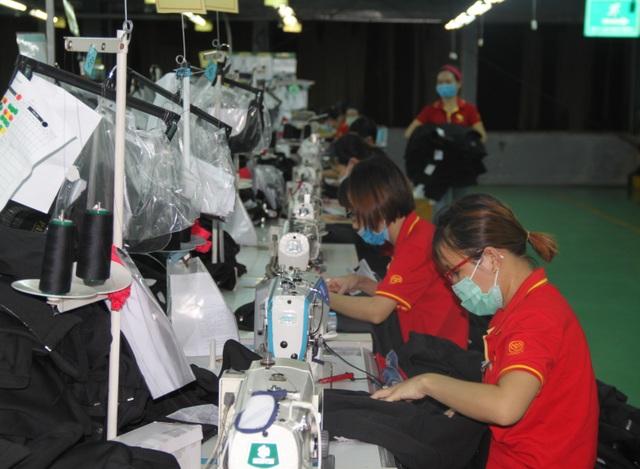 Bình Định: Thưởng Tết mức thấp nhất 150 ngàn đồng - 1