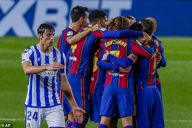 Messi im tiếng, Barcelona vẫn đánh bại đội đầu bảng Sociedad - 9