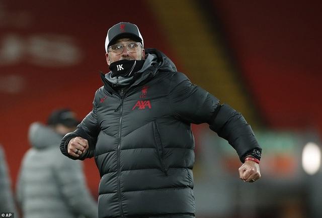 Liverpool 2-1 Tottenham: Bất ngờ xảy ra ở phút 90 - 3
