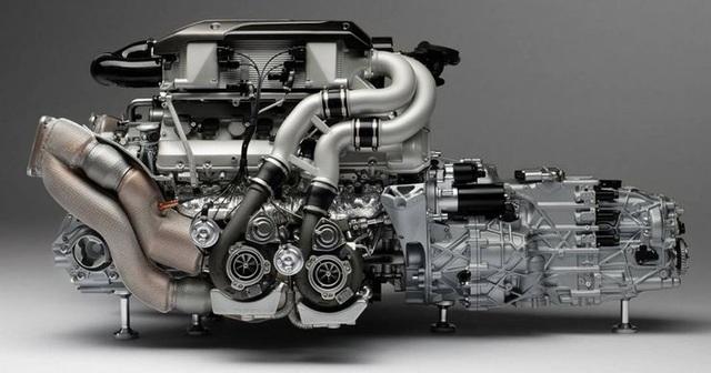 Điểm lại những động cơ ô tô khủng nhất - 3