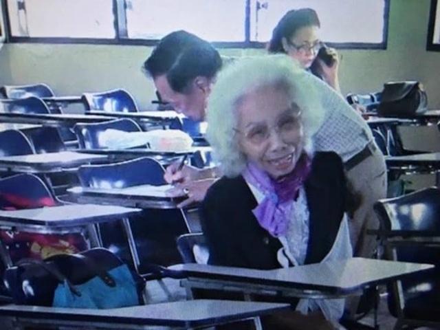 Cụ bà Thái Lan tốt nghiệp đại học ở tuổi 88 - 3