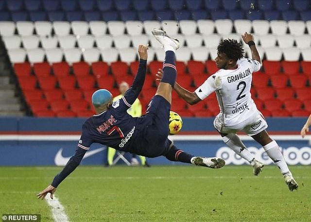 Mbappe tỏa sáng, PSG tìm lại cảm giác chiến thắng - 1